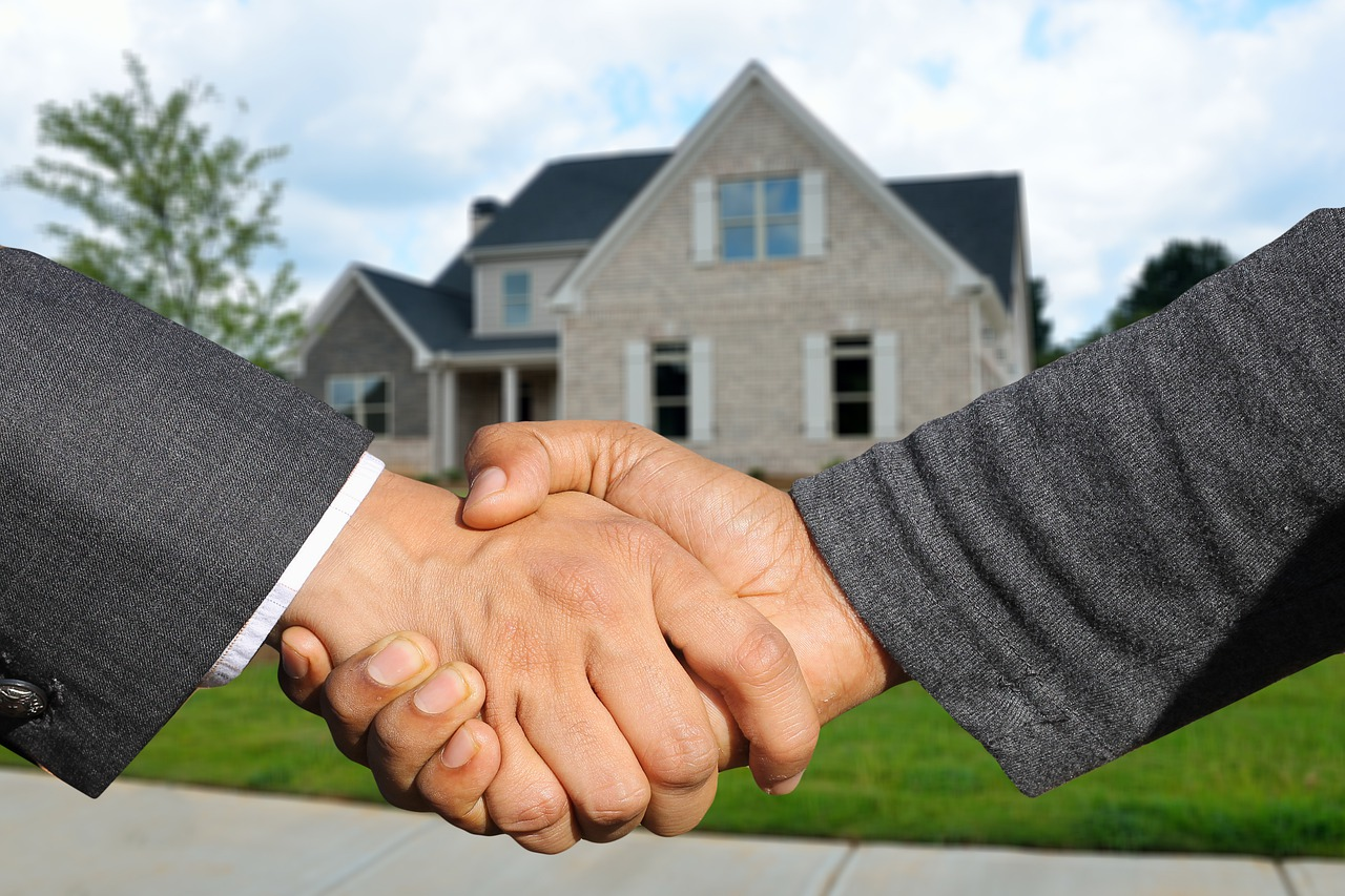 3 Questions to Ask Before Buying a House