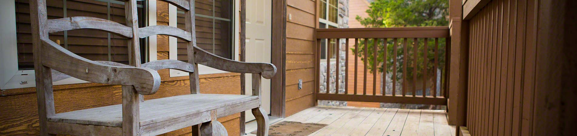 The relaxing porch you'll find with a lot of amazing Branson, MO cabins.